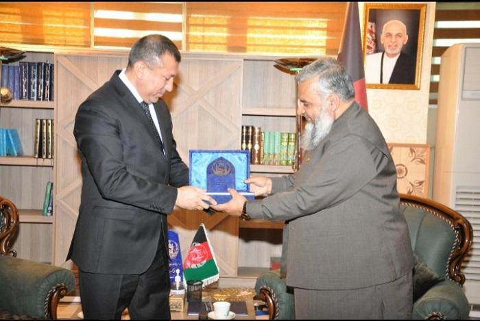 سرپرست وزارت ارشاد، حج واوقاف در دفتر کارشان با سفیر کشور دوست و برادر ترکمنستان ملاقات تعارفی نمودند.